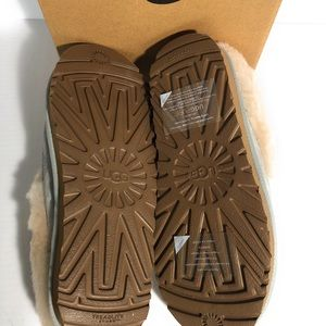 651863a9c4 UGG Shoes - Ugg Grove moccasin slippers gray nib size  RARE